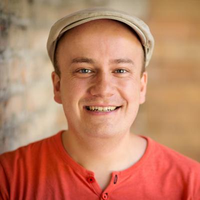 Daniel Fiene, Moderator